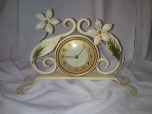 1950's electric mantle clock
