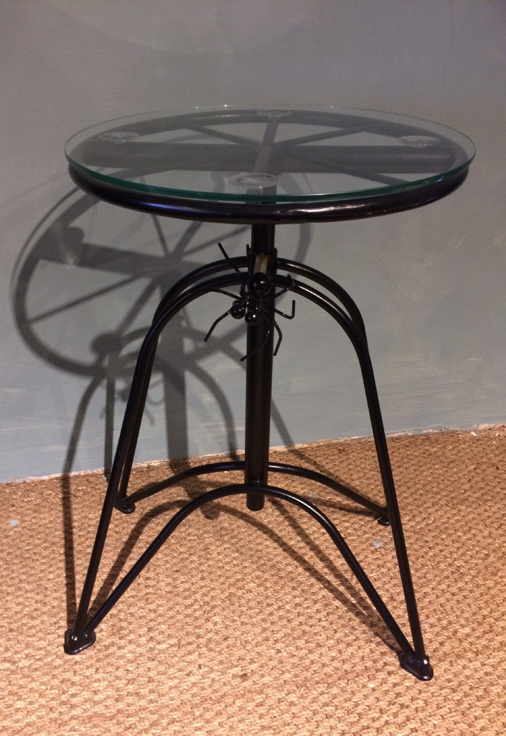 spider table